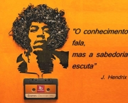 frases-de-jimi-hendrix-rei-da-guitarra-puritana-do-rock-2